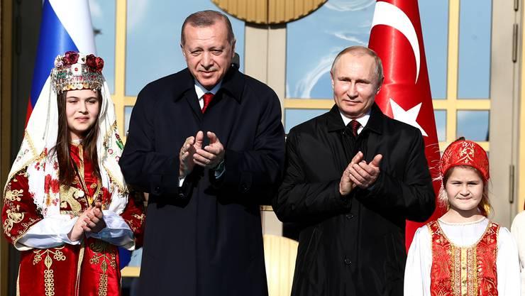 Russlands Staatschef Wladimir Putin zu Gast bei Recep Tayyip Erdogan (links) in Ankara. Heute geht es weiter nach Istanbul. Alexander Zemlianichenko/Reuters