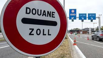 Die EU will die Arbeitslosenentschädigung für Grenzgänger neu regeln. (Archiv)