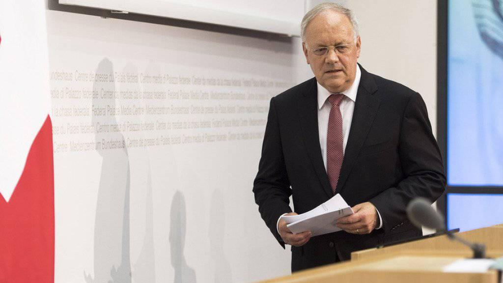 Bundespräsident Johann Schneider-Ammann vor seinem Medienauftritt zum Brexit: «Heute Morgen können Sie in Brüssel nichts bekommen als Schweizer.»
