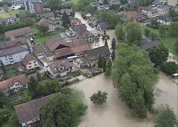 Im Wynental kam es zu grossflächigen Überschwemmungen.