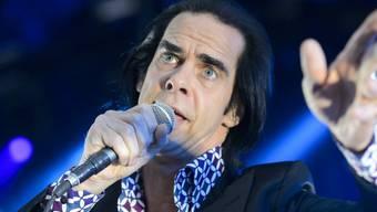 Der australische Musiker Nick Cave kehrt nach dem tragischen Tod seines Sohnes ins Rampenlicht zurück: Im September erscheinen ein neues Album und ein Film.