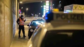Die Polizei hatte bei der technischen Verkehrskontrolle ein besonderes Auge auf getunte Autos gerichtet. (Symbolbild)