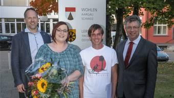 Gemeindeschreiber Christoph Weibel, Tanja und Jan Spalinger, Vizeammann Paul Huwiler.