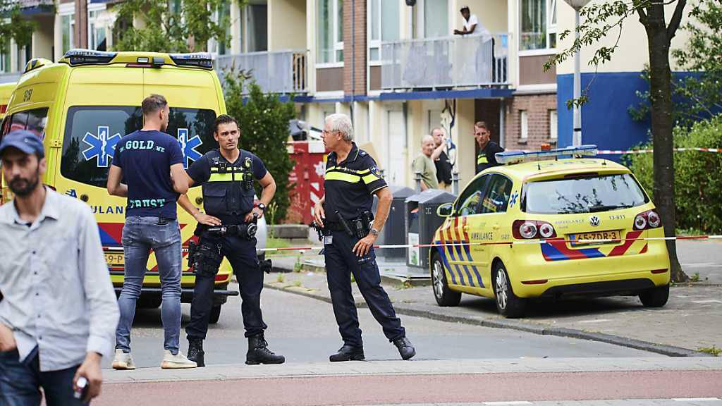 Bewaffneter Deutscher stirbt nach Schüssen von Polizisten