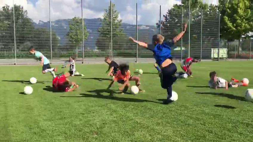 Die F-Junioren sind nicht nur talentierte Fussballer, sondern auch Schauspieler.
