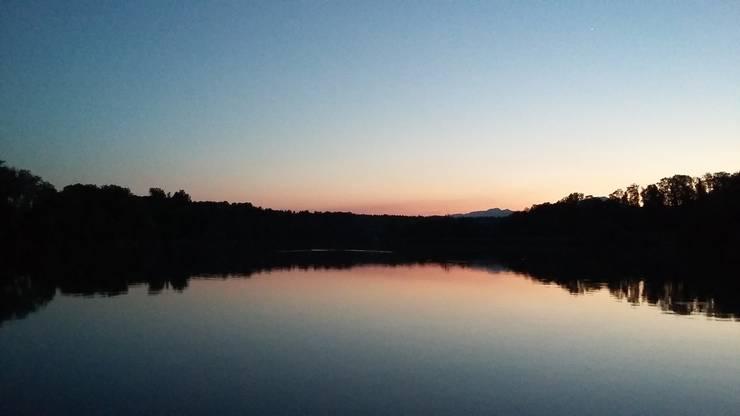 Zurück auf der Aare dem Sonnenuntergang entgegen