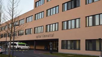Bisher ist im Kanton Zürich eine Person an den Folgen einer Infektion mit dem Corona-Virus gestorben. (Archivbild)