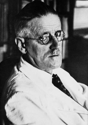 James Joyce : «Ulysses» (1040 Seiten) Ein experimenteller Erzählstil und Anspielungen auf die irische (Lokal-)Geschichte machen das Buch zur Knacknuss.