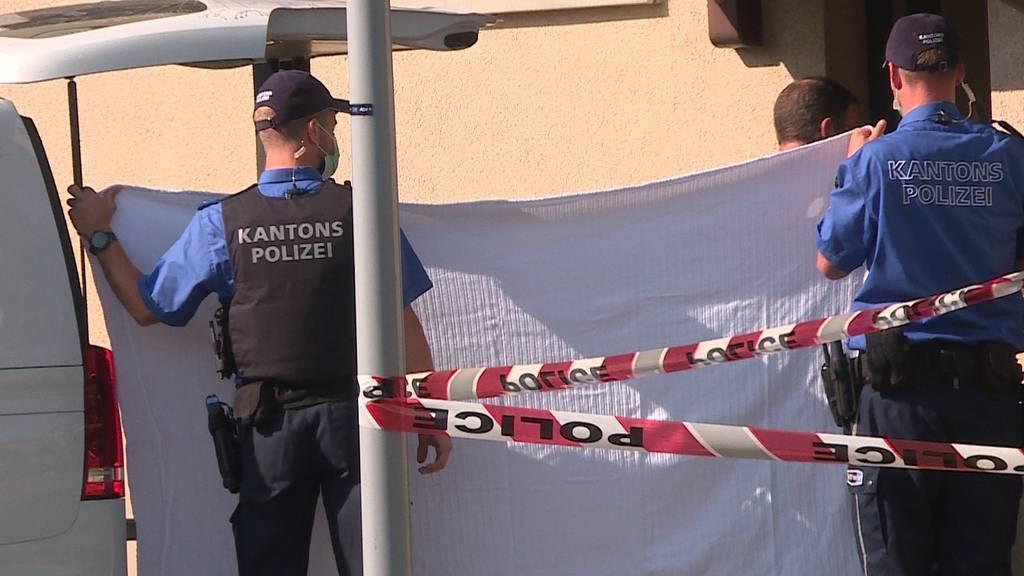 Mysteriös: In Frick findet die Polizei zwei tote Geschwister in einer Wohnung