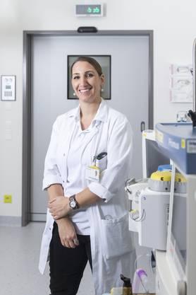 Diana Mattiello ist Leitende Ärztin der Chirurgie. Ihr Spezialgebiet ist der Magen-Darm-Trakt. Die 41-Jährige legt etwa Magenbypässe bei Übergewichtigen.