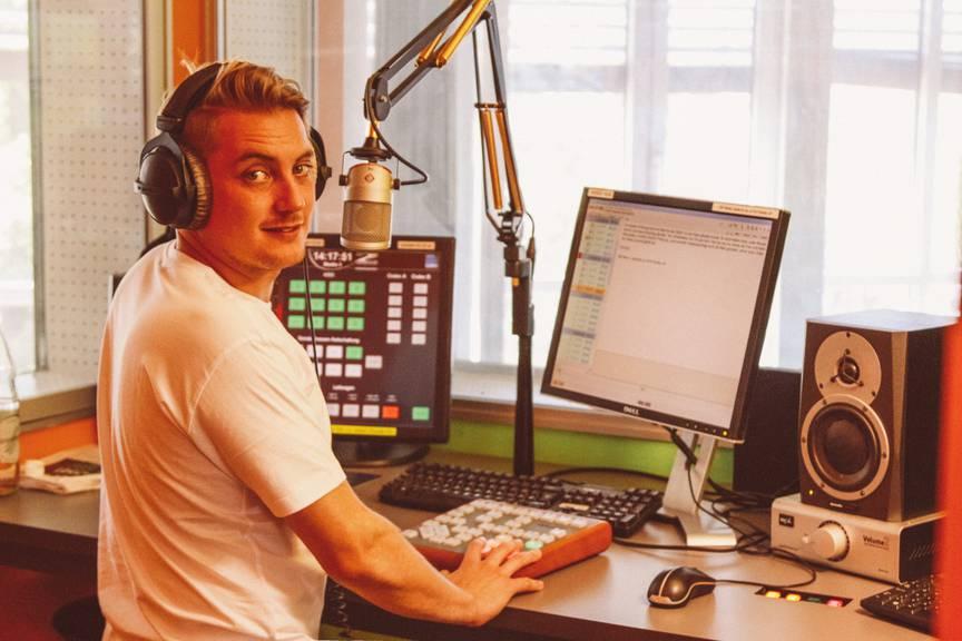 FM1Today