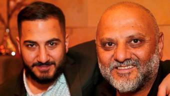 Das Foto stammt aus besseren Zeiten: Asmen (l.) und Yilmaz Celik, der in der Türkei im Gefängnis sitzt, angeblich wegen Agitation.