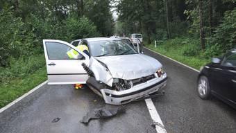 Unfall bei Gretzenbach: Frau prallt mit Auto gegen Baum