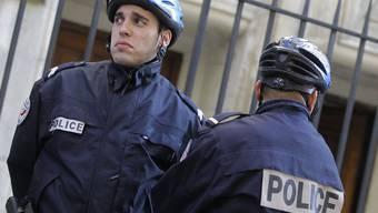 Die Polizeipräsenz in Paris ist deutlich zu spüren (Archiv)