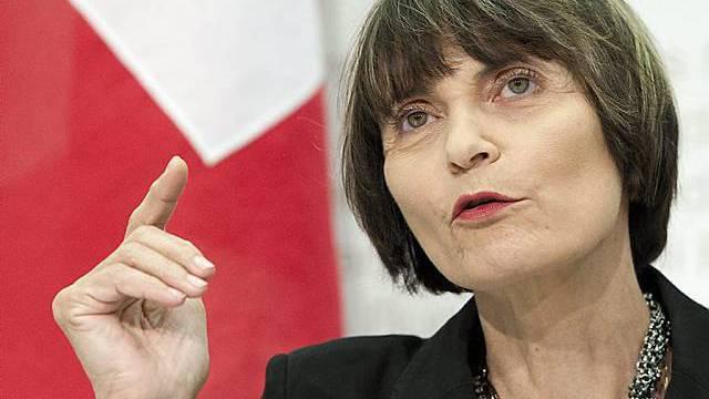 Hat Mühe mit den vielen Rücktritten: Micheline Calmy-Rey (Archiv)