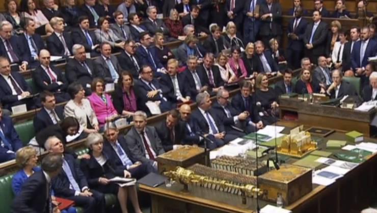 Das umstrittene Gesetz wurde in beiden britischen Parlamentskammern - im Bild das Unterhaus - angenommen. (Archivbild)