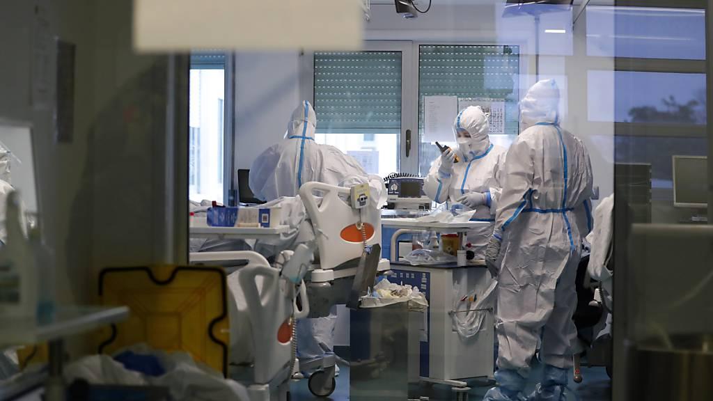 Corona-Krise: Österreich nimmt zehn Patienten aus Portugal auf
