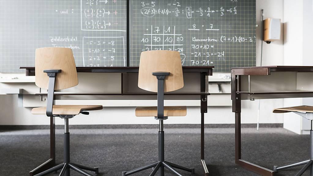 Der Unterricht an mehreren Stadtluzerner Schulen wird in Holzmodulbauten abgehalten. (Symbolbild)