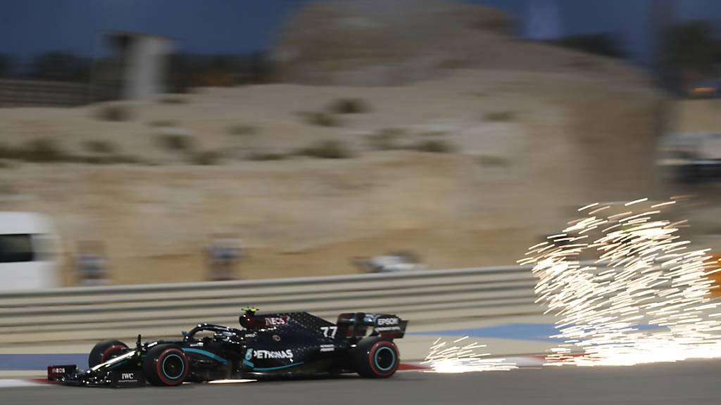 Valtteri Bottas bring bei den Testfahrten in Bahrain seinen Wagen auf Touren.