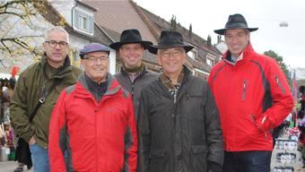 Hans-Peter Schmid (vorne links) verlässt nach 12 Jahren die Fricker Marktkommission mit (v.l.) Stephan Böller, Fabian Friedli, Thomas Stöckli und Daniel Suter.