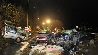 Ein Toter, zwei Schwerverletzte: Das die traurige Bilanz des Horrorcrashs