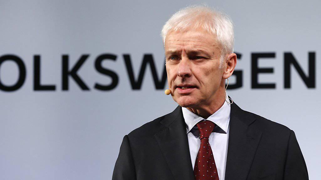 Volkswagen-Chef Matthias Müller trifft sich am Mittwoch in Washington mit Vertretern des Umweltamts EPA zur Krisensitzung (Archiv).