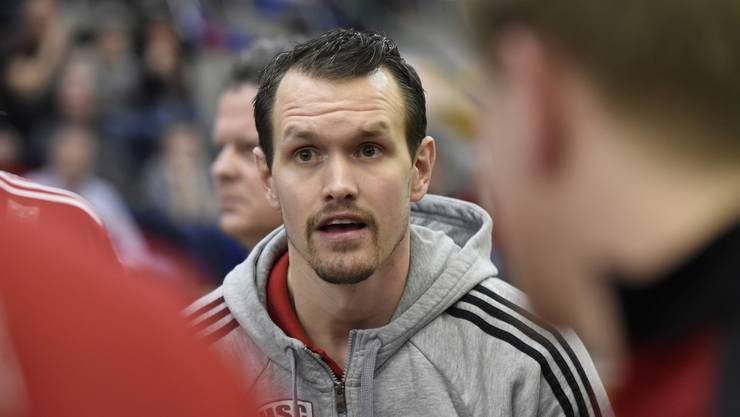 Coach Misha Kaufmann