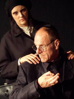 v.l. Pascale Jordan als Mutter, Bodo Krummwiede als Vater