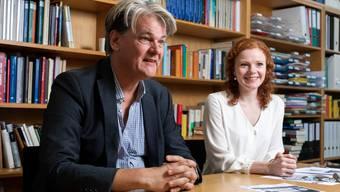 Skandinavistikprofessor Klaus Müller-Wille und Norwegischlektorin Elisabeth Petersen. Bild: Severin Bigler (2. Oktober 2019)