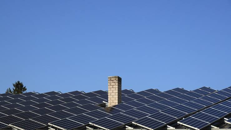 Insgesamt nehmen die neu gebauten Solarmodule eine Fläche von über 25'000 Quadratmeter ein. (Symbolbild)