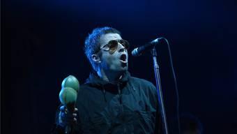 Ein «Rock 'n' Roll Star»: Liam Gallagher auf dem Lörracher Marktplatz.