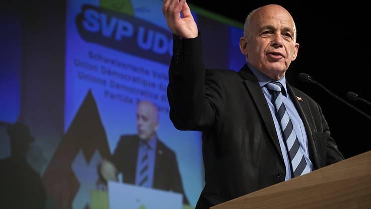 Gibt auch als Bundespräsident die Richtung in seiner Partei vor: Ueli Maurer an der gestrigen SVP-Delegiertenversammlung in Amriswil TG.