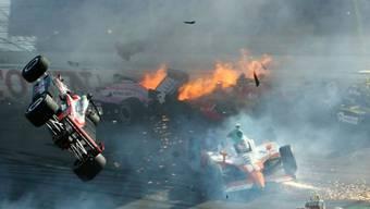 Britischer Rennfahrer Dan Wheldon stirbt bei Unfall in Las Vegas