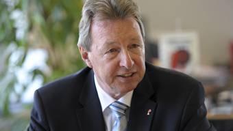 Baselbieter Gesundheitsdirektor Peter Zwick (CVP) gerät mehr und mehr unter Beschuss.