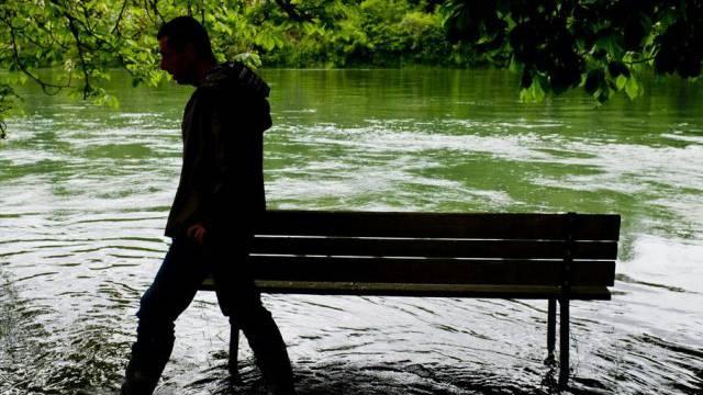 Der Regen hält die Schweiz auf Trab (Symbolbild)