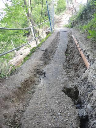 Der Serpentinenweg, der den Bahnhof Wettingen mit der Webermühle-Siedlung in Neuenhof verbindet, ist ins rutschen geraten. 2