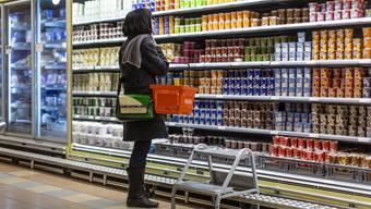 Gerade Joghurts kann man gut auch noch nach dem Überschreiten des Verbrauchsdatums geniessen.