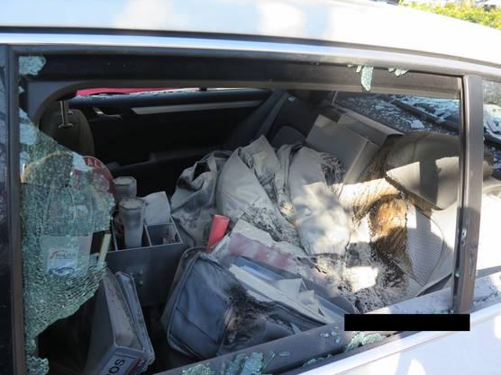 Baselbieter Polizeiauto wird bei Krawallen nach Spiel FCB – FCZ zerstört