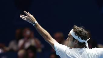 Prestigesieg: Roger Federer gewann in Singapur sein Spiel im Rahmen der International Premier Tennis League (IPTL) gegen Landsmann Stan Wawrinka