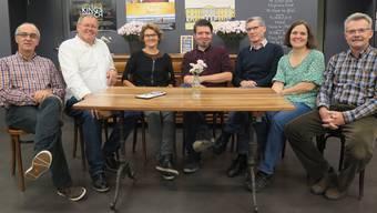 Der «Odeon»-Vorstand (von links): Daniel Matter (Sponsoring), Fredi Kölliker (Aktuariat), Sue Luginbühl (Leiterin Bühne),Stephan Filati (Betriebsleitung), Edi Sulzer (Präsidium), Judith Fuchs (Verein) und Hanno Diethelm (Finanzen).