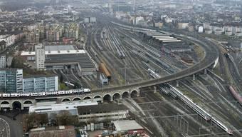 Beim Bau des neuen Zürcher Stadtteils Europaallee beim Hauptbahnhof Zürich geht es zügig voran. (Archiv)