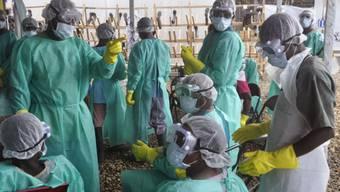 Der Kampf gegen Ebola geht weiter (Symbolbild)