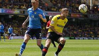 Almen Abdi (r.) steigt mit Watford in die Premier League auf