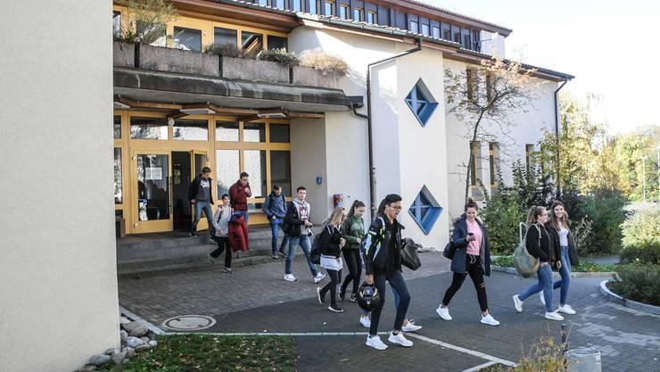 Die Bezirksschule Fahrwangen wird nach einer Sanierung zum Oberstufenschulhaus.
