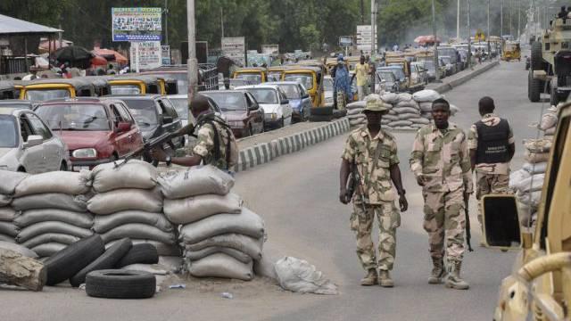Eine Strassensperre der Armee in Maiduguri (Archiv)