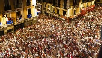 San-Fermín-Fest mit traditioneller Stierhatz in Pamplona eröffnet
