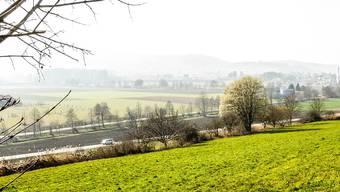 Eine Aufnahme des Bünztals zwischen Wohlen und Hendschiken (Bildmitte).