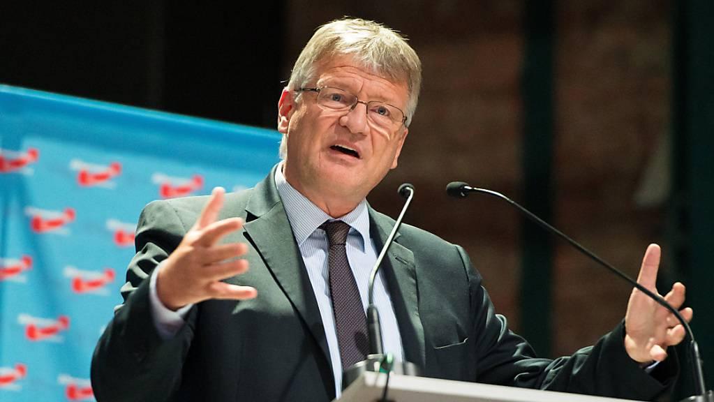 Jörg Meuthen, Bundesvorsitzender der AfD, spricht zum Auftakt des Landesparteitags der AfD Saar.
