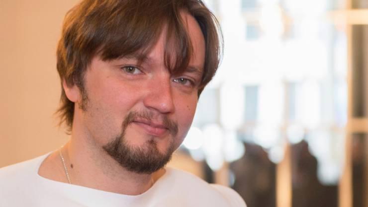 Der lettische Dirigent Ainars Rubikis wird mit Beginn der Spielzeit 2018/19 neuer Generalmusikdirektor der Komischen Oper in Berlin.