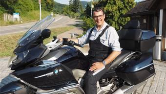 Roger Fricker, Gemeindeammann von Oberhof, ist selber leidenschaftlicher Töfffahrer. Für Raser am Benken hat er kein Verständnis.